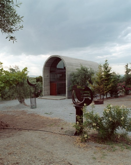 dezeen_Art-Warehouse-in-Boeotia-by-A31-Architecture_5