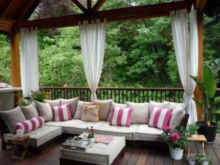 choosing-the-perfect-outdoor-furniture